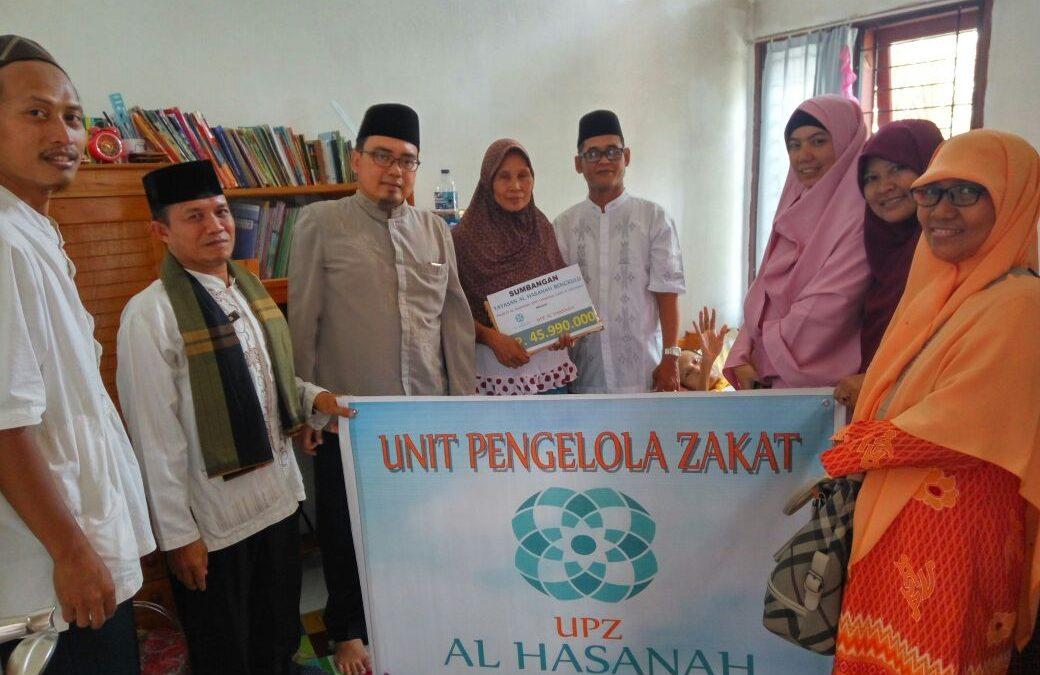 UPZ Al Hasanah Salurkan Bantuan Kesehatan