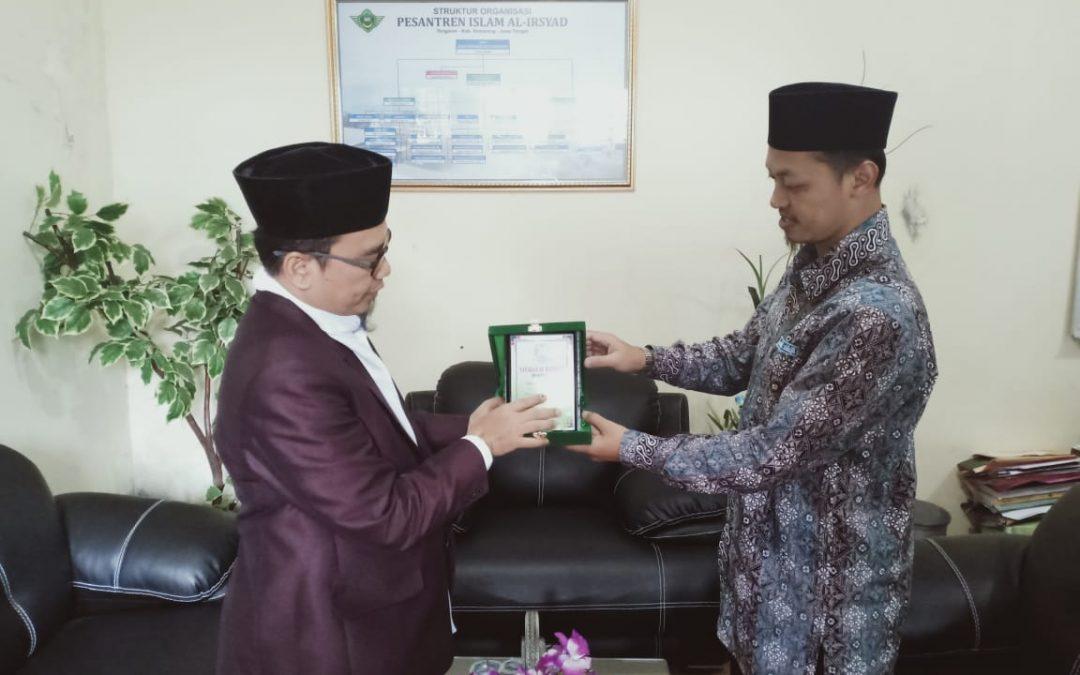 Studi Banding Yayasan Al Hasanah ke Al Irsyad, Gontor dan Darunnajah