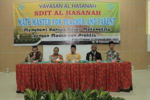 AQUATIC-selenggarakan-pelatihan-math-master-bagi-seluruh-guru-dan-orangtua-SDIT-AlHasanah-5