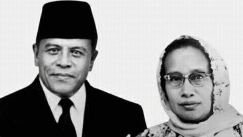 Sekilas Mengenal Buya Hamka, Sosok Ayah Bangsa - Yayasan Al Hasanah Bengkulu